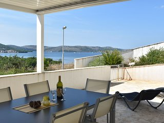 Attractive Apartment in Sibenik with Private Garden