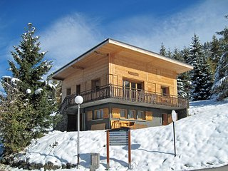 Chalet of character just 150 meters from the ski lifts