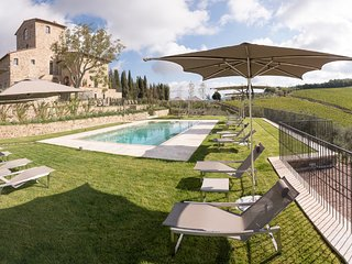 Villa Torre Greve - Wonderful with panoramic pool in Chianti