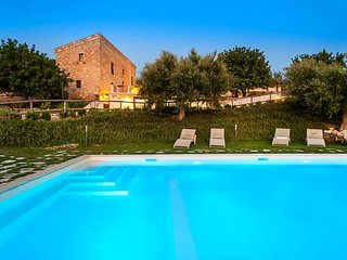 Beautiful villa with pool near the very charming Baroque town of Scicli