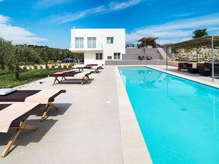 Modern Villa in Sicily with Pool
