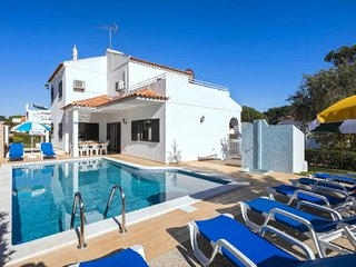 SpaciousHoliday Home in Vilamoura with Private Pool