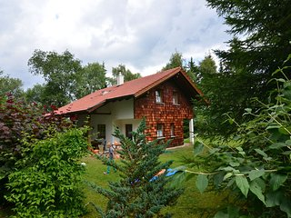 Beautiful holiday home in the Bavarian Forest with fireplace, terrace and balcon