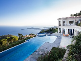 Exclusive dream villa in Èze - Côte d'Azur - Urban Living Riviera