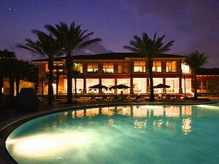 Near Disney World - Regal Oaks - Feature Packed Relaxing 4 Beds 3.5 Baths