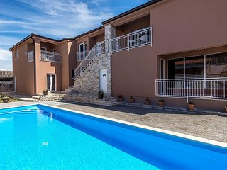 Apartment Complex Valtrazza with Common Pool / One-Bedroom Modern Apartment Noa