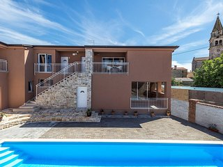 Apartment Complex Valtrazza with Common Pool / Two-Bedroom Apartment Noa II in