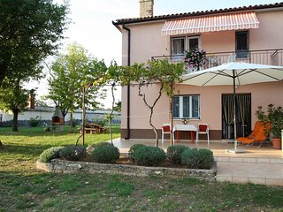 Holiday House Mar-Ana in a Quiet Location and Large Garden near Lim Fjord