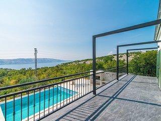 Villa Vicka with Panoramic View on Island of Rab