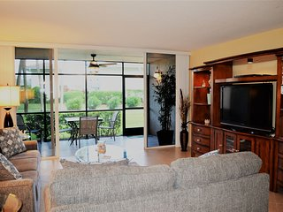 CT 2215 Golf Course View Condo - Welcome to Paradise