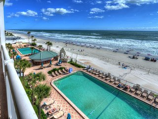 916 - Daytona Beach Resort - Oceanview 1 Bedroom