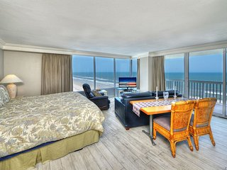 Daytona Beach Resort - Corner Studio - Panoramic View !!