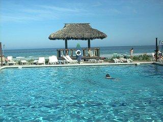 Hawaiian Inn - Ocean Front Condo