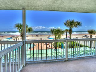 Daytona Beach Resort - Oceanfront - Sleeps 6