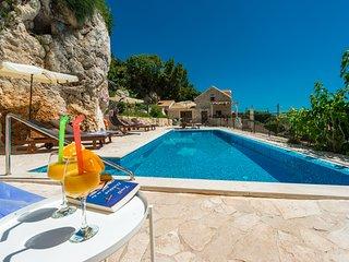 Astonishing Villa Stone in Mlini with heated pool , Dubrovnik
