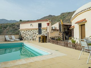 La Sorrueda Villa piscina compartida wifi by Lightbooking