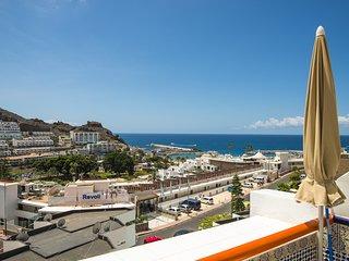 Puerto Rico con balcon y vistas al mar by Lightbooking