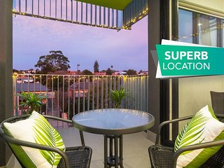 Canopy * 44-Minutes from the CBD, Train and Cafes - Wifi - Nespresso - Amenities