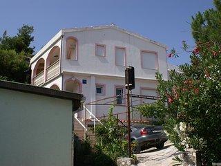 One bedroom apartment Rogoznica (A-4186-b)