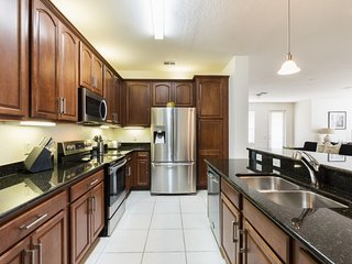 Disney On Budget - Vista Cay Resort - Feature Packed Cozy 3 Beds 2 Baths Condo