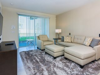 IFR7502HA - 2 Bedroom Apartment In Storey Lake Resort, Sleeps Up To 4, Just 5