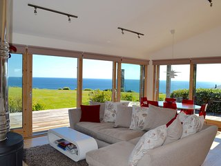 House 41 - This beautiful coastal home with amazing uninterrupted sea views