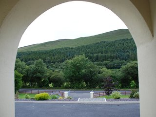 Spacious, comfortabe home on the Ring of Kerry and the Wild Atlantic Way