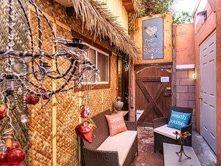 Tiki Hut Love Shack Venice Beach