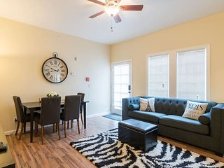 AL1: Remarkable Remodeled 3/1 Near SCU, airport
