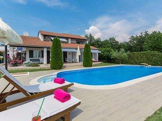 Luxury Romantic Villa Rosa with Pool