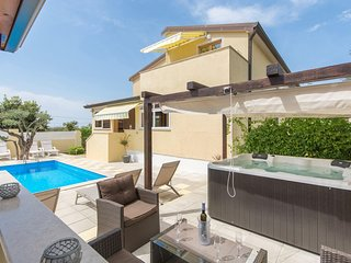 Apartment Complex Sani with Pool / One-Bedroom Apartment Sani III with Balcony