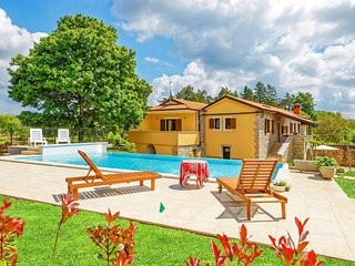 Spacious Villa Sany with Private Pool
