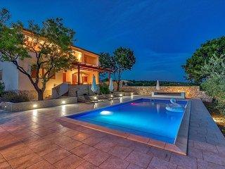 Tastefully furnished Villa  Chiara near the city of Zadar