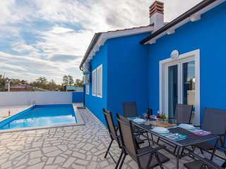 Blue Holiday House with Private Pool