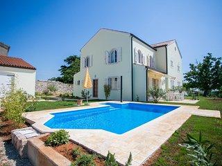 Villa Bella Vista mit 2 Schlafzimmern und Meerblick