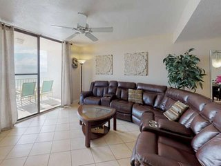 Incredible View from Huge, Private Balcony! 2 King Bedrooms, Free Wifi, Upscale