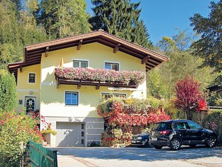 Nice home in Wagrain w/ WiFi and 1 Bedrooms