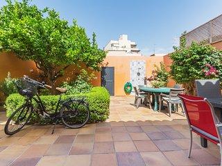 Casa en Portixol-Molinar con patio jardín al lado del mar