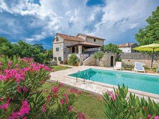 Charmant vakantiehuis met zwembad in de buurt van Pula (CIL231)
