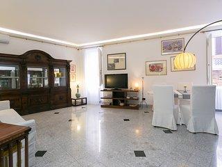 Fontanella Borghese apartment