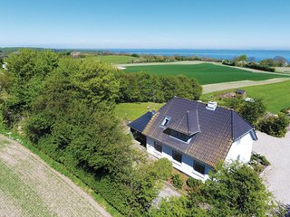 Amazing home in Sydals w/ Sauna, 4 Bedrooms and WiFi (F09283)