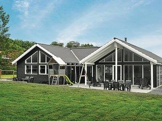 Stunning home in Tranekær w/ Sauna, WiFi and 6 Bedrooms