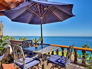 Penthouse Avalon Villa w/ Panoramic Ocean Views!