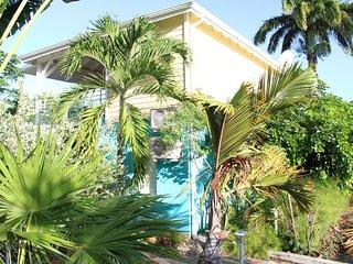 Quity : villa satnding avec spa privé 2 chambres