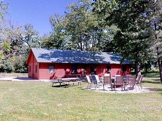 Kishauwau's Starved Rock Area Cabins Utica IL Grandma's Cabin