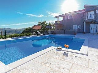 Villa IN