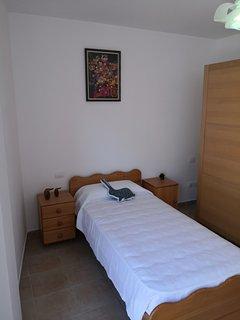 Segunda habitación con cama 0.90 x 1.90