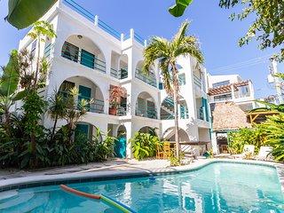 Luxury Poolside Garden Building C