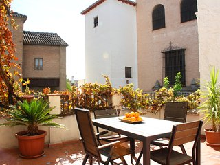 Charming historic San Jose apt 1B in Albaicin