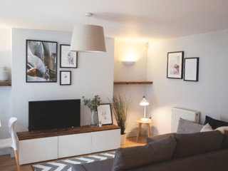 Cool garden apartment in fashionable West Didsbury
